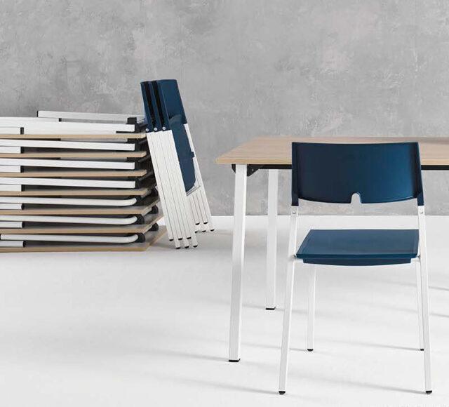 Pliana folding table